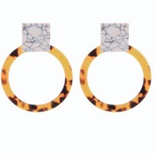 Jewelry - NEW! Tortoise shell & marble hoop earrings